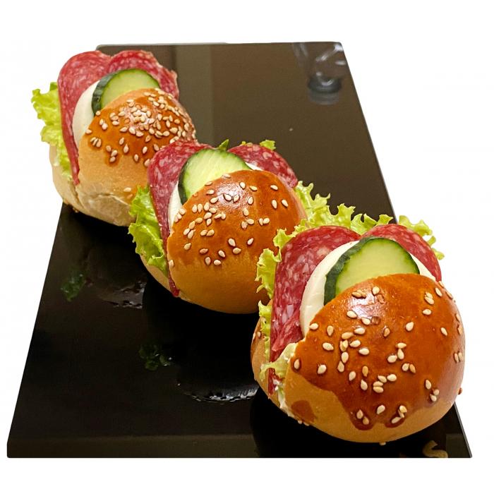 Мини сандвич с луканка