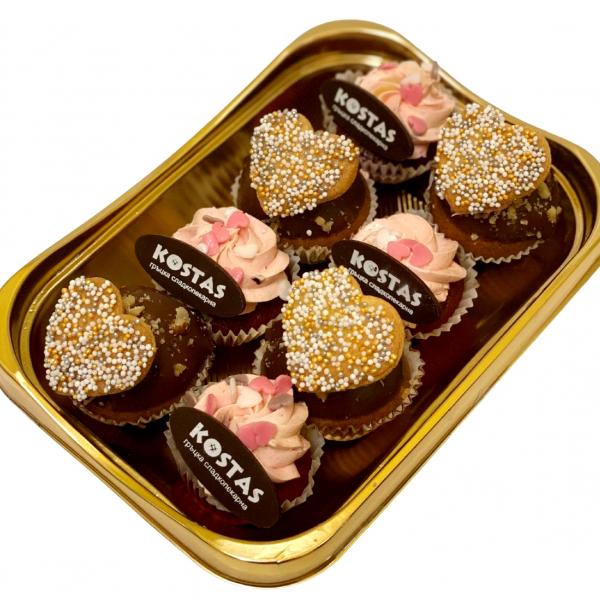 Къпкейкове сет с червено кадифе и шоколад