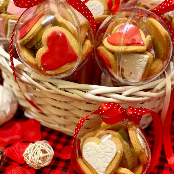Подаръчна топка с бисквити