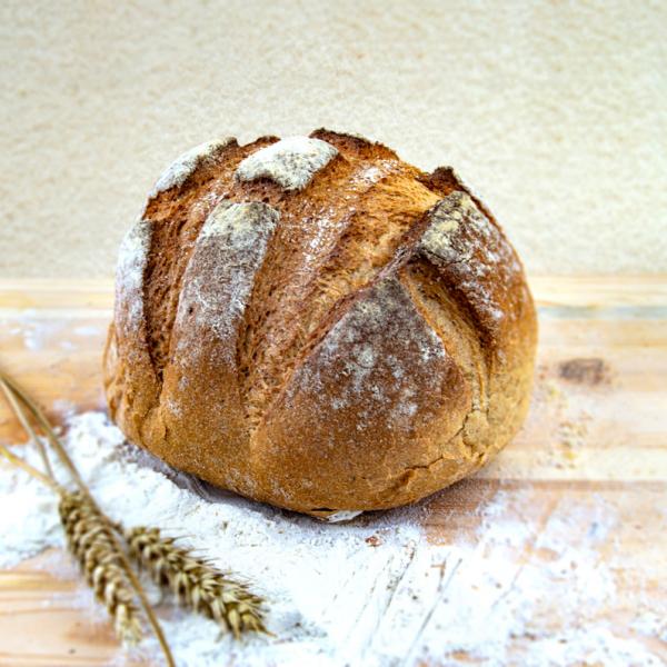 Пълнозърнест хляб със закваска от мед